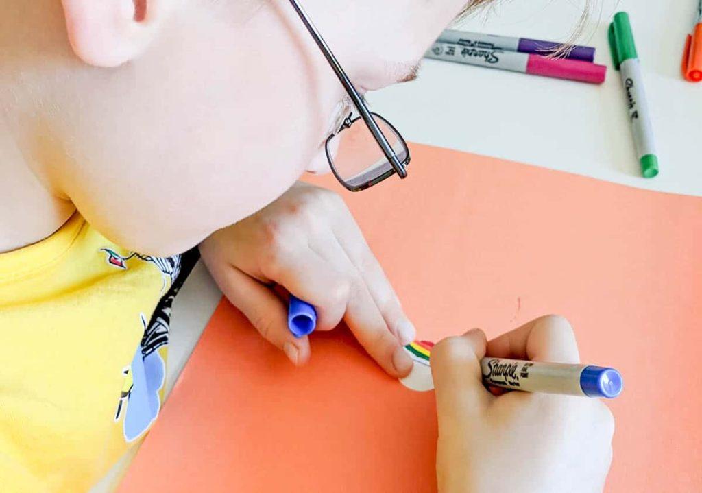 bottle-cap-keychains-coloring